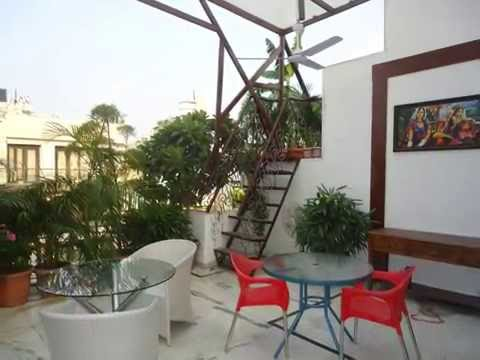 Luxury Fully Furnished  P G Accommodation One Bed Room in G K II South Delhi India on Rent