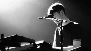 James Blake - A Case of You (Live in Seoul, Korea)