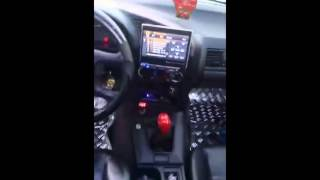 Motores / Trompetas GK Audio en interior de un BMW. GK120TI