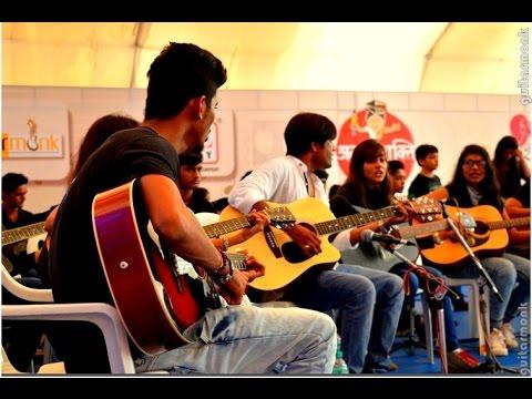 Guitar Largest Guitarists Ensemble at Surat, Guitarmonk | Guinness Tallest Cake