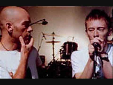 Radiohead - Karma Police (With Micheal Stipe)