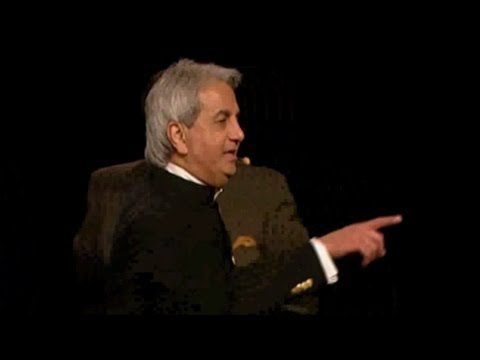 Benny Hinn - Holy Spirit Outpouring in California (1)
