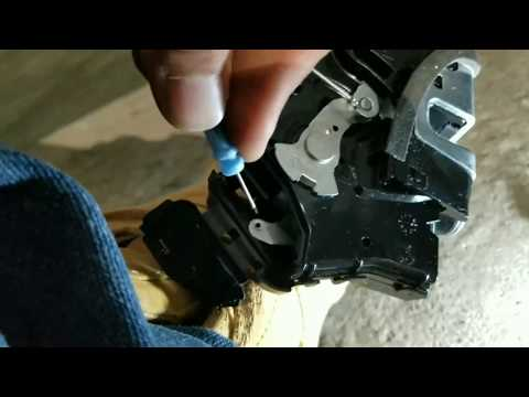 Toyota Corolla door lock actuator replacement