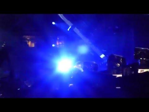 AIRPLANES (B.O.B.)/ STAN -EMINEM & RIHANNA: MONSTER TOUR 18 of 27