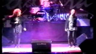 Cuando no cantemos mas - Valeria Lynch / BsAs al aire libre 1995