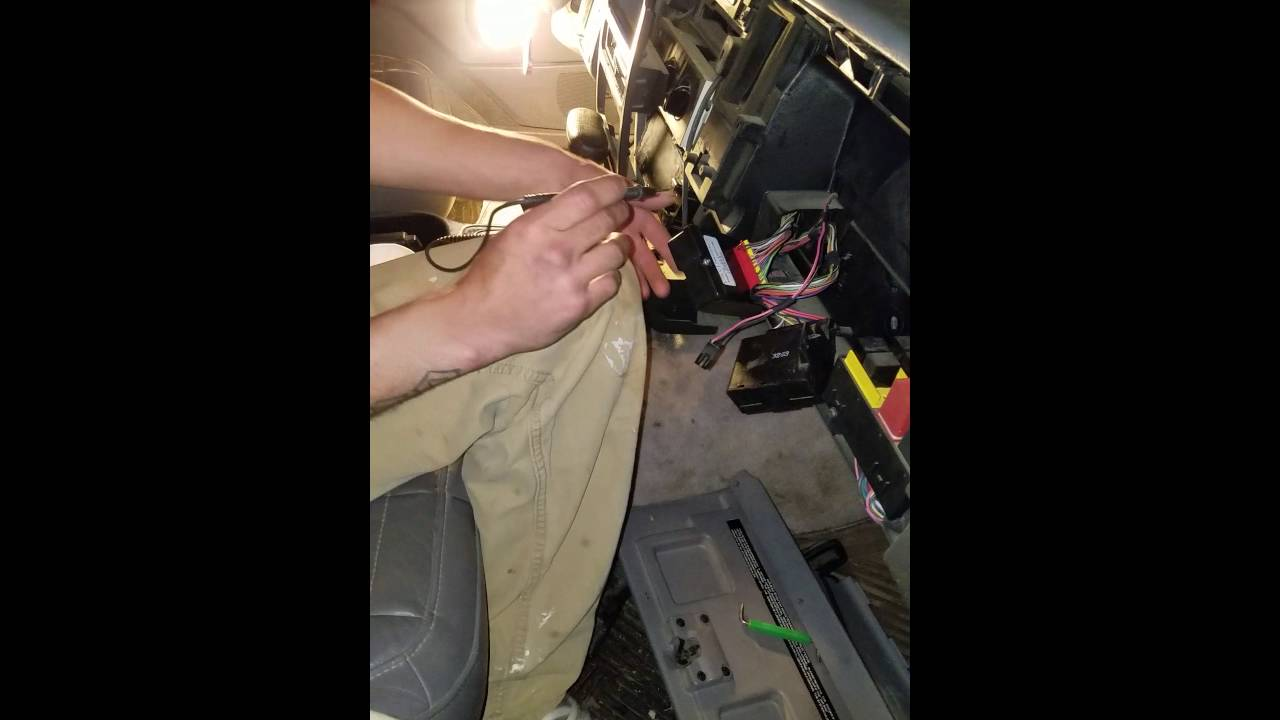 maxresdefault 1994 jeep grand cherokee alarm system bypass (without key) youtube  at crackthecode.co