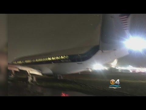Pence Plane Slides Off Runway At NYC