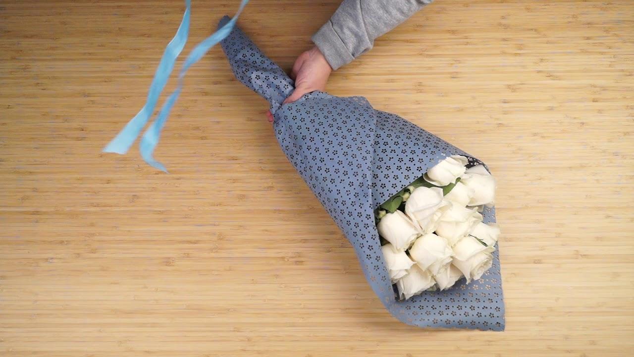 Упаковка букета в перфорированную бумагу