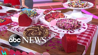 Viral baker Wendy Kou shares her colossal cookie recipe on 'GMA' | GMA