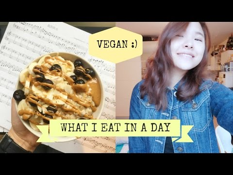 What A Vegan Eats In A Day + dancing instead of cooking