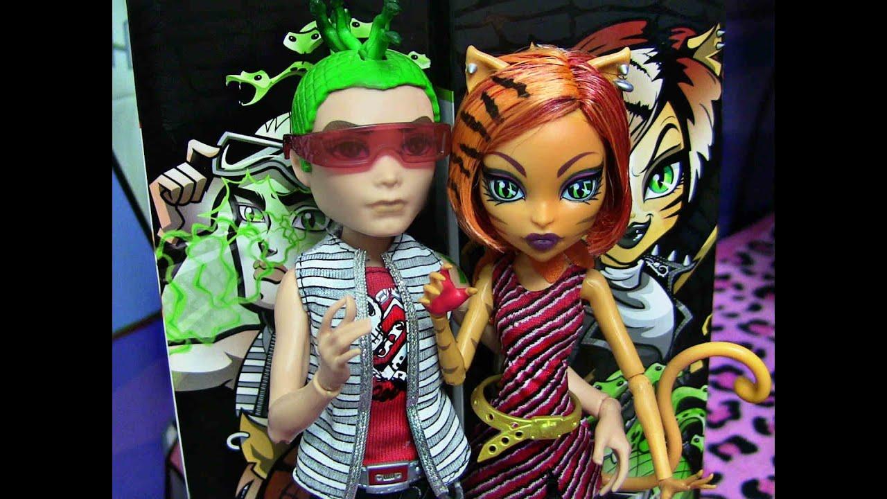 Monster high deuce ghouls alive gorgon toralei stripe doll - Monster high toralei ...