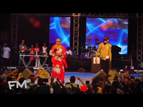 Goosebumps! Phyno performs Ochie Dike with Onyeka Onwuenu at #PhynoFest2016 | Freeme TV
