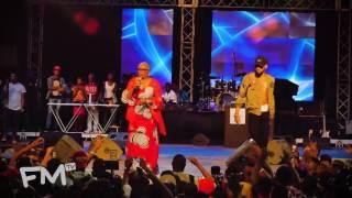 goosebumps phyno performs ochie dike with onyeka onwuenu at phynofest2016 freeme tv