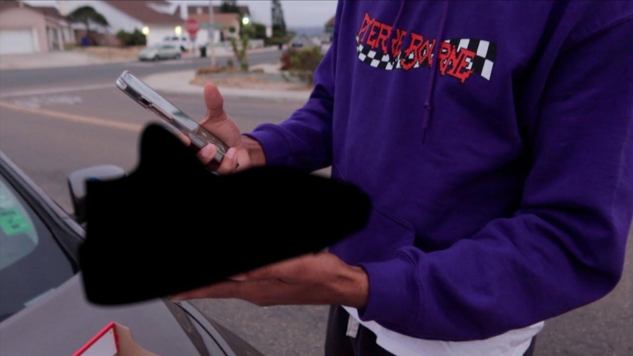 Buying rare Jordan 4s from a kid in California…