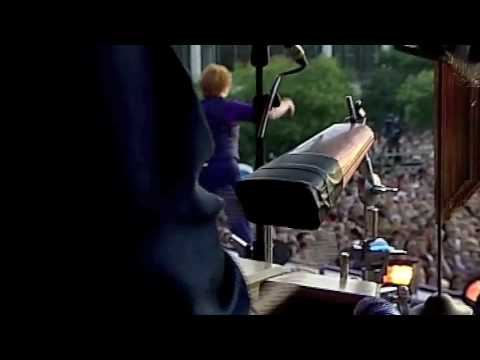 Simply Red - Night Nurse  Live from Budapest June 27th 09