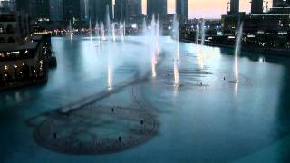 The Dubai Fountain am Burj Khalifa - I will always love you - Whitney Houston