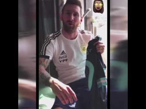 Messi le mandó un regalo especial para Carlitos Tevez