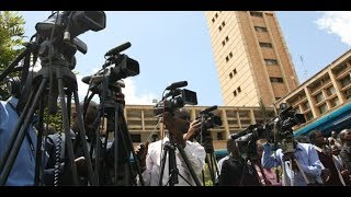 Journalists talk about what they witnessed in parliament during sug...
