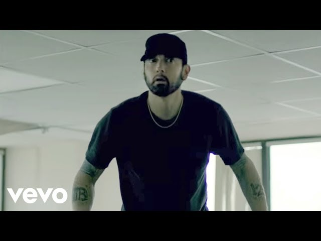Paul McCartney And Eminem Square Off For No  1 Album On