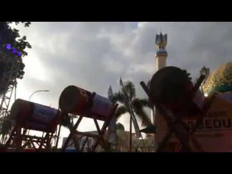 Semarak Takbir 1000 Bedug Di Lombok