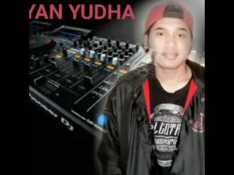 Dadali sakit hatiku versi DJ YAN YUDHA D2267787