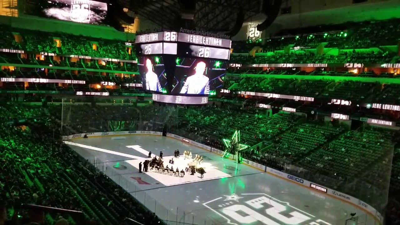 Retiring Jere Lehtinen s Jersey Dallas Stars 26 goes to the rafters ... ec72d97c2