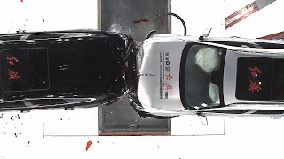 GLOBALink | C-NCAP rear-end collision safety test of two high-speed vehicles conducted for 1st time