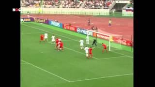 WK 2002: Wilmots dompelt Russen in rouw   WK Voetbal 2014
