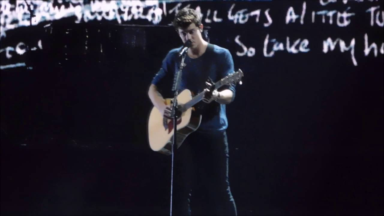 Shawn mendes a little too much shawn talks songwriting live at madison square garden youtube for Shawn mendes live at madison square garden
