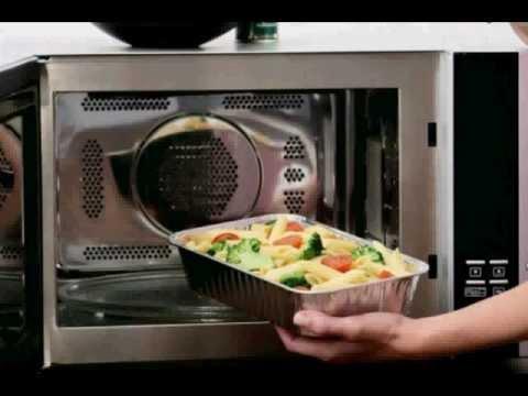 essen aus der mikrowelle ist ungesund und kann gef rlich sein youtube. Black Bedroom Furniture Sets. Home Design Ideas