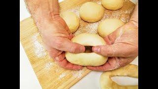 Обильно смажем тесто кипятком Готовим самые красивые бублики вместо хлеба