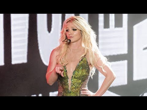 Britney Spears - Break the Ice & Piece Of Me (Live In Asia)