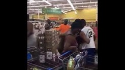 WALMART FIGHT: Two Women Fight In Florida Walmart - The Smaller One Stood Her Ground (SNIPPET)