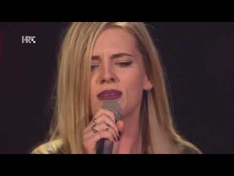 The good perfomances of 50's Rock Songs in The Voice