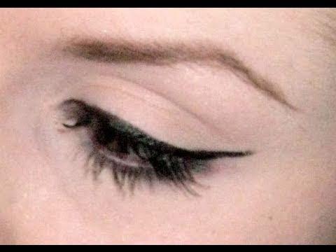 How I Do My Cat Eye Or Winged Eyeliner