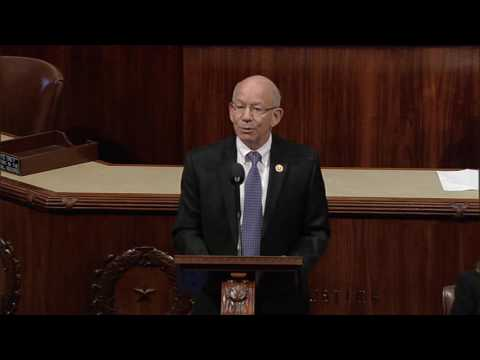 Ranking Member DeFazio speaks in support of bipartisan PIPES Act
