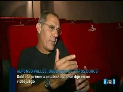 Actores de doblaje: Alfonso Vallés (voz de Solid Snake)