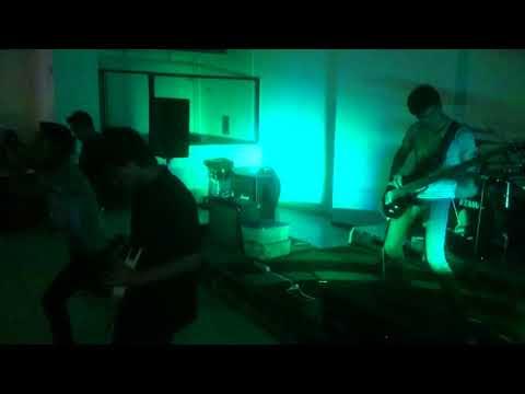 Presentación de la banda Evolette en el bar El Antigua