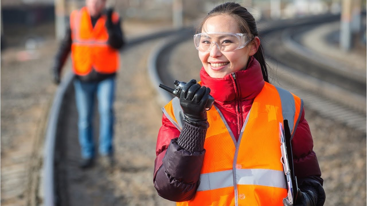 Railroad Workers: Jobs, Career, Salary and Education Information