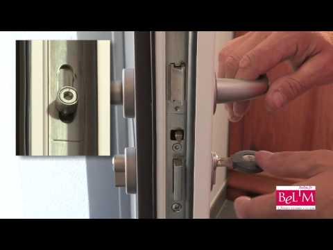 Comment calfeutrer porte d 39 entr e mark lasry doovi - Insonoriser une porte d entree ...