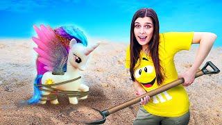 Видео для детей— Маша помогает литл пони Эплджек— Маленькие пони, пиратский корабль исокровища!
