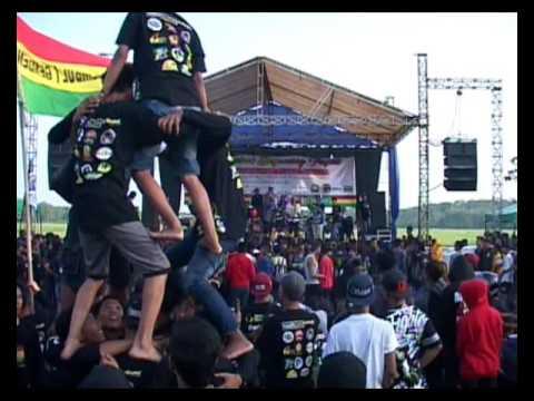 Reggae Trembul Berjaming Papat Full album bersama RUKUN RASTA(19)