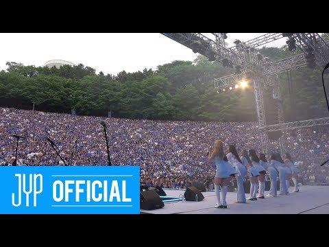 "TWICE ""Heart Shaker"" IN AKARAKA(아카라카) 2019"