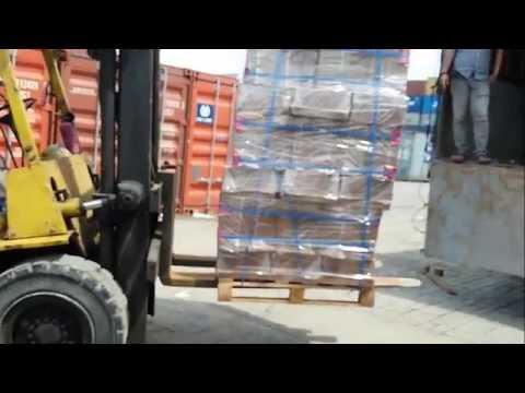 Xuất khẩu hàng mụn dừa ép viên