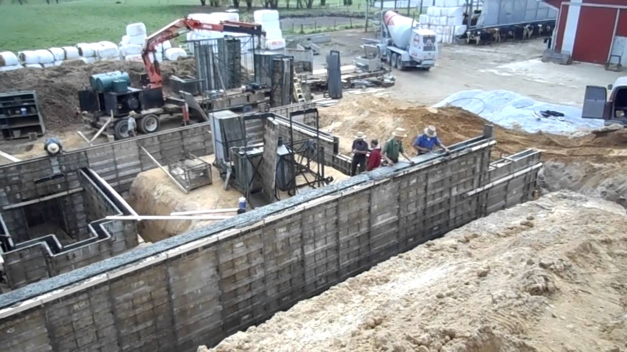 concrete wall pouring construction youtube rh youtube com