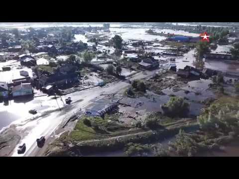 Горы плывущих домов: кадры затопленного Тулуна с коптера