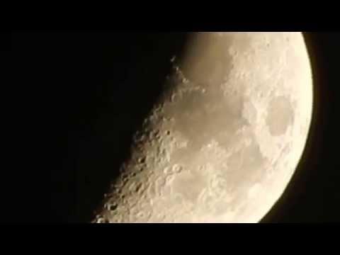 Nikon Coolpix S9700 - Moon Zoom