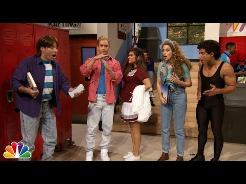 """Jimmy Fallon Went to Bayside High with """"Saved By The Bell"""" Cast"""