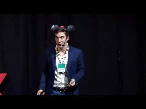 Es la economía, estúpido   Santiago Bulat   TEDxEldorado