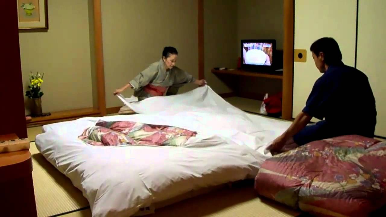 Japanese Futon Sets Futon Setup By The Pros At Japanese Hotel Onsen Ryokan Massage Monday Extra 59